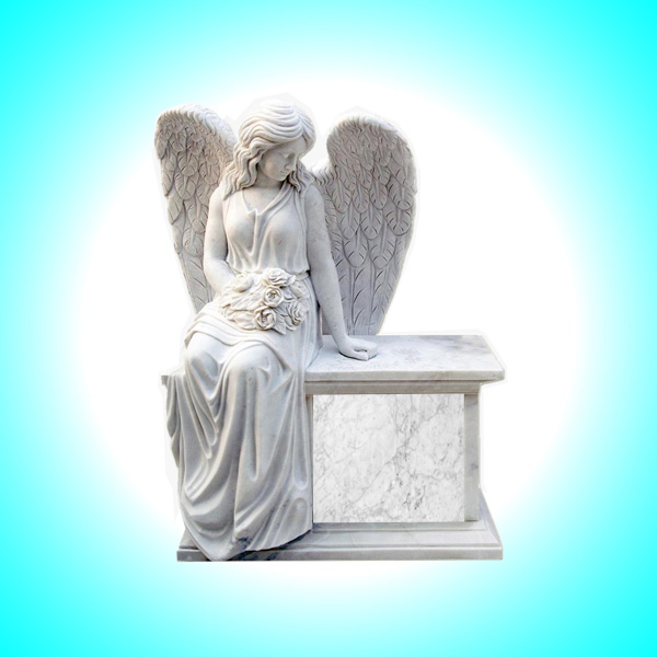 Lapide a forma d'angelo grande