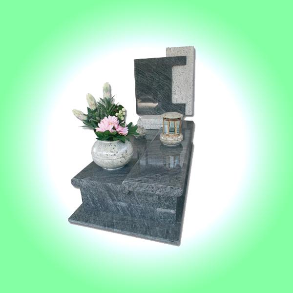 Lapide classica con vaso fiori